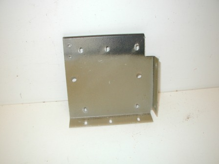 Rowe R-92 Jukebox Metal Cabinet Bracket (Item #117) $14.99