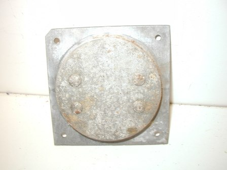 Rowe R-92 Jukebox Metal Cabinet Caster and Metal Mounting Plate (Item #74) Back Image