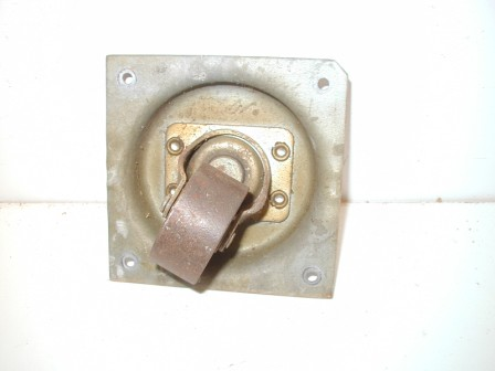 Rowe R-92 Jukebox Metal Cabinet Caster and Metal Mounting Plate (Item #74) $19.99