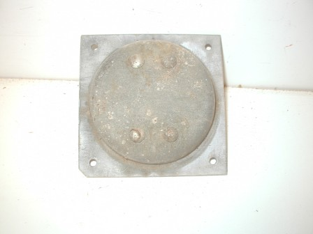 Rowe R-92 Jukebox Metal Cabinet Caster and Metal Mounting Plate (Item #77) Back Image